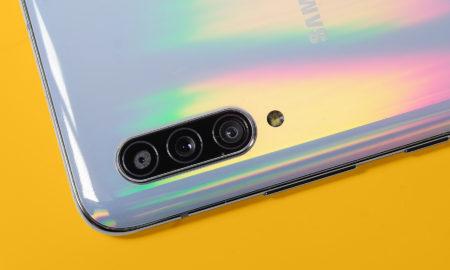 Samsung's Pop-up selfie camera